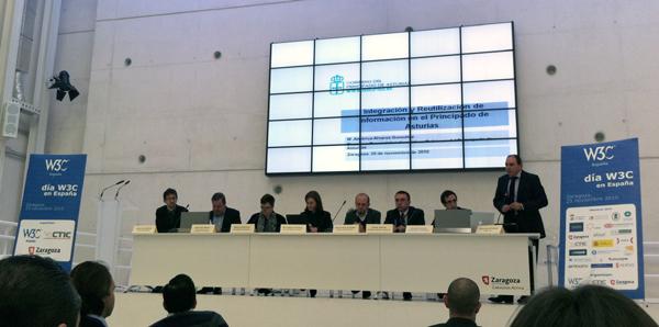 Mesa redonda en la jornada W3C en Zaragoza